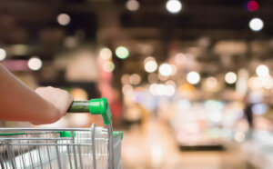 Do's and don'ts of an outbreak: grocery cart